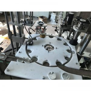 Automatska mašina za zaptivanje i zatvaranje vrućim punjenjem
